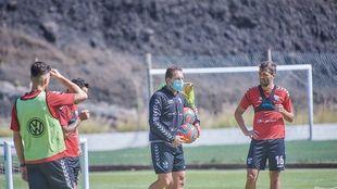 Rubén Baraja, durante un entrenamiento de esta semana en El...