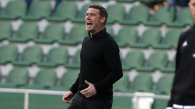 Luis Carrión, durante un partido con el numancia.