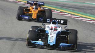 Kubica, delante de Sainz, en 2019.