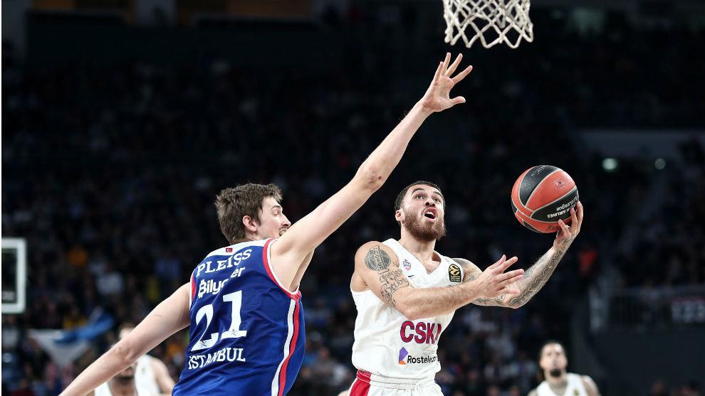 Mike James, tres años más en el CSKA