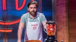 Carlos 'El breve' deja Masterchef 2020 por culpa de una tarta de café catastrófica