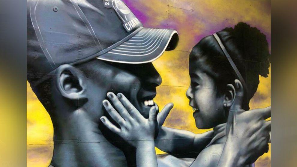 Los murales en honor a Kobe y su hija Gianna, intactos pese a las protestas