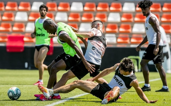 Imagen del entrenamiento del lunes en Paterna.