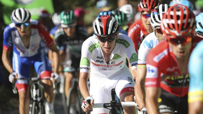 Corredores durante la etapa 15 de LaVuelta 2019. Luis Ángel...