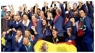 El equipo europeo de la Ryder Cup que ganó en París en 2018