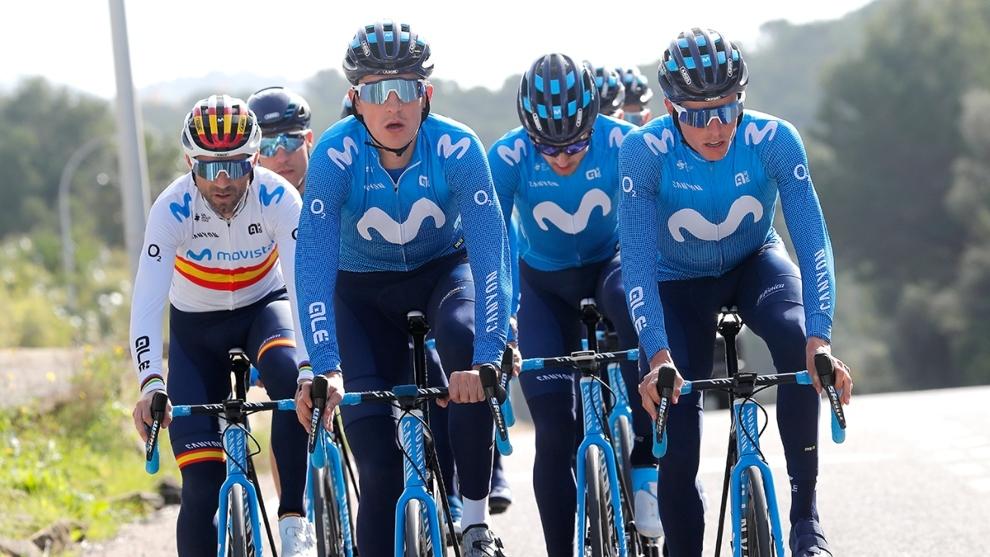 Valverde, Soler y Mas encabezan un grupo de corredores del Movistar...