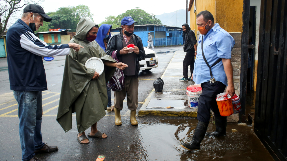 La gente fue desalojada de sus casa por la tormenta tropical...