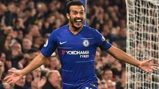 Pedro podría regresar a España... pero no vistiendo la camiseta del Barcelona