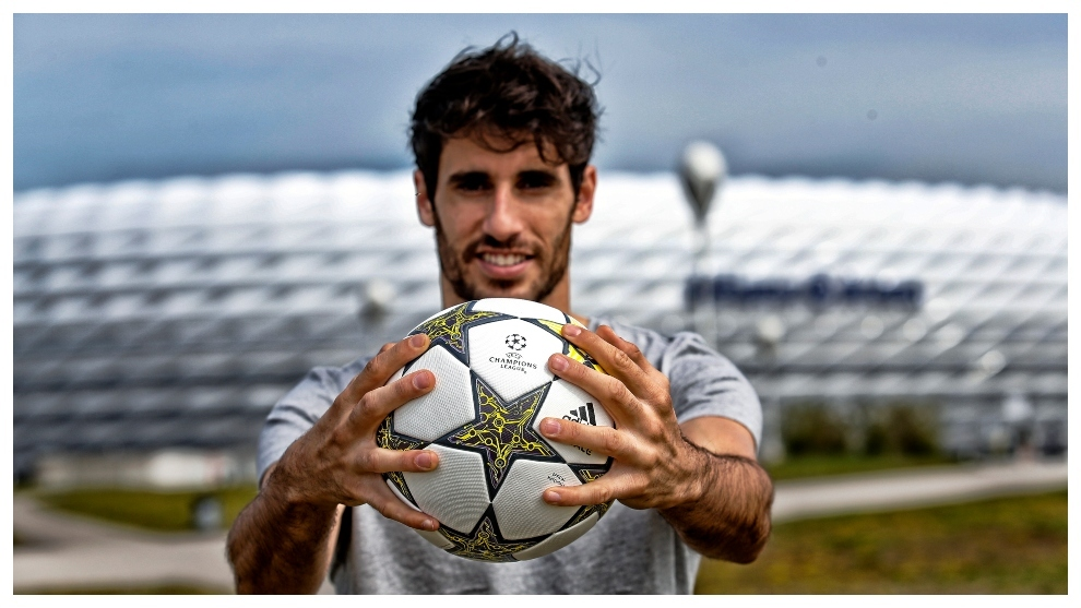 Javi Martinez: I helped out, it'd be better for me to get the virus than an older person