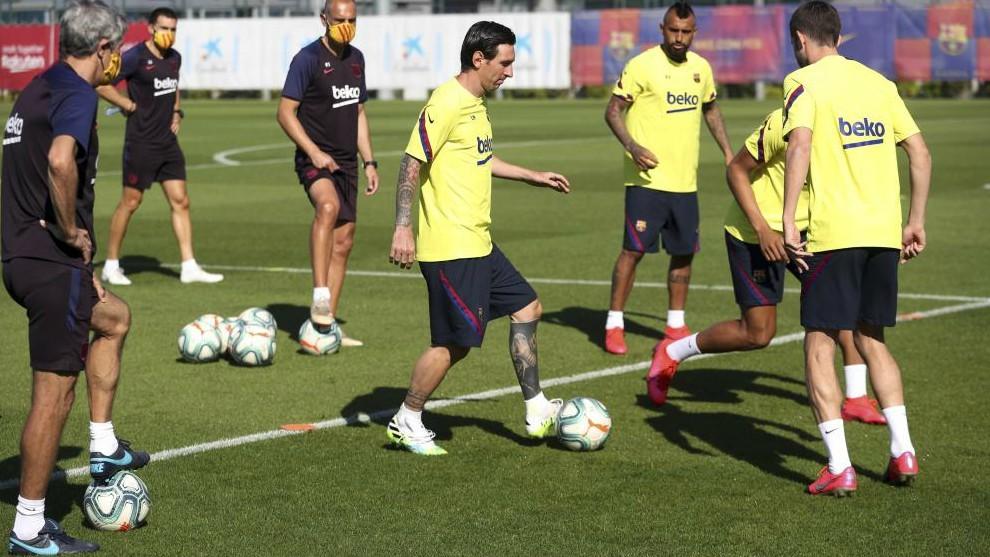 Barcelona squad wrapped in cotton wool ahead of season restart