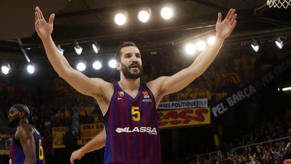 Pau Ribas, en un partido con el Barça