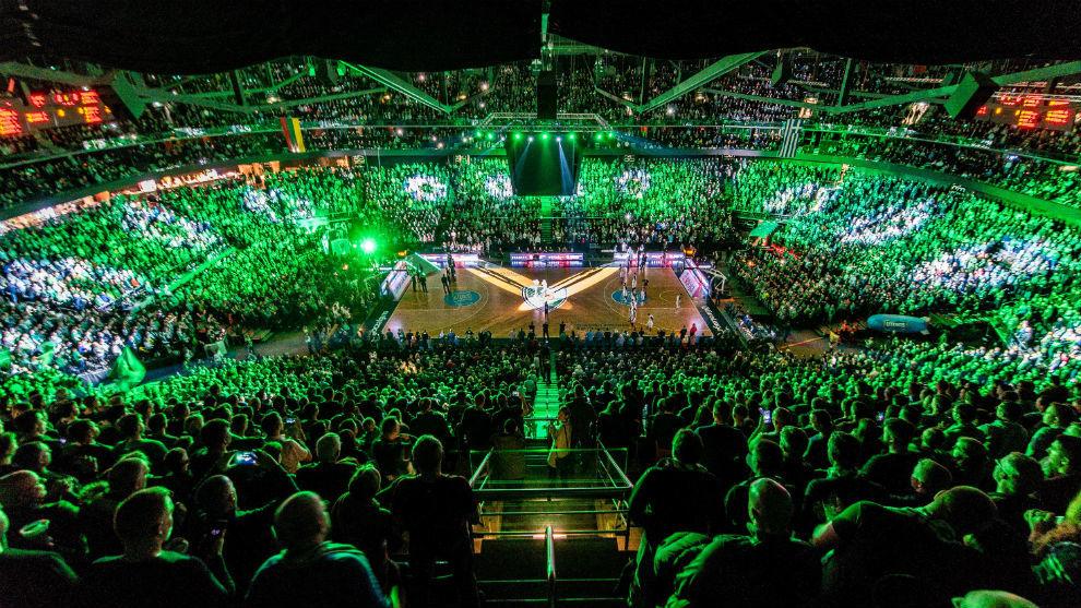Una panorámica del Zalgirio Arena en un partido de Euroliga