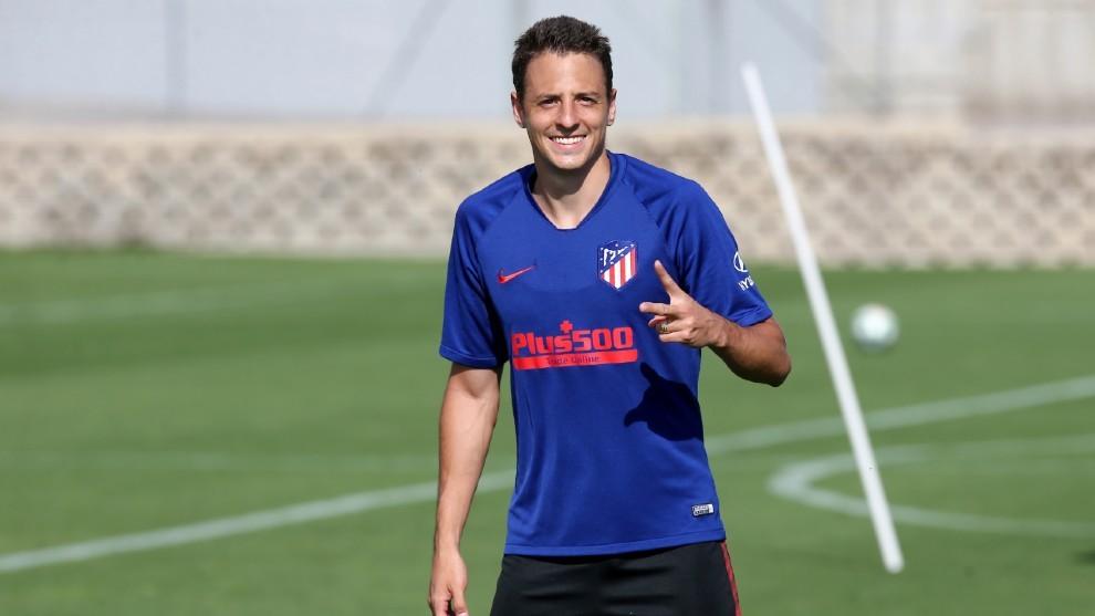 Santiago Arias flies to Leverkusen for a medical