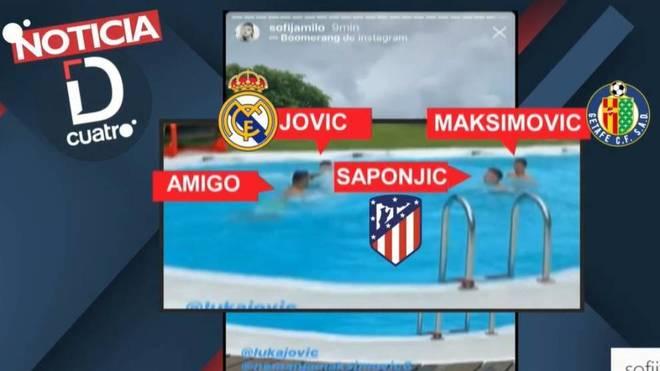 Jovic, Maksimovic y Saponjic, en la piscina de casa de Jovic.