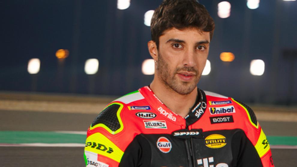 Andrea Iannone fue presentado como piloto oficial de Aprilia para...