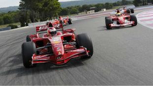 Varios Ferrari de F1 durante las Finales Mundiales en el circuito de...