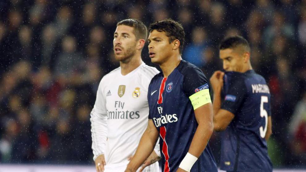 Sergio Ramos y Thiago Silva durante un PSG - Real Madrid