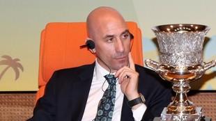 Luis Rubiales podría ser reelegido como presidente el próximo 17 de...