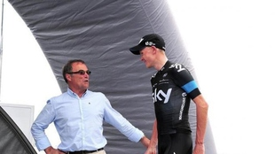 Bernard Hinault con Chris Froome coincidiendo en una carrera