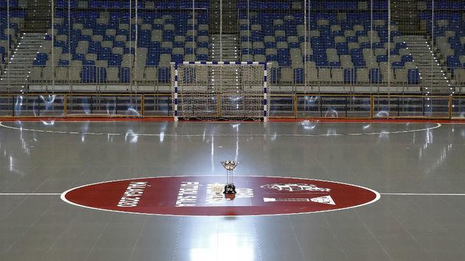 El pabellón José María Martín Carpena, con la pista de fútbol...