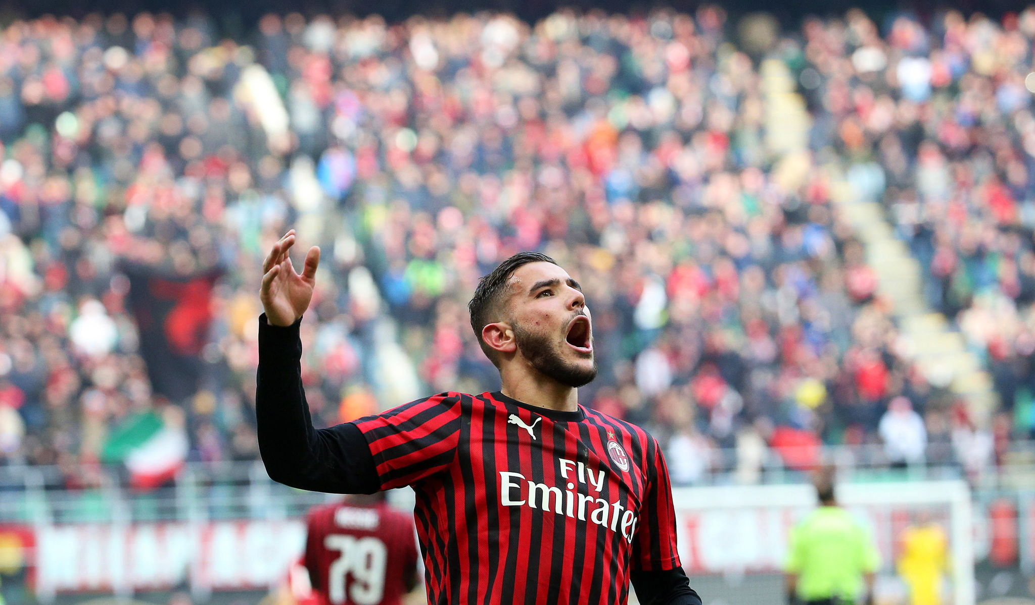 lt;HIT gt;Milan lt;/HIT gt; (Italy), 19/01/2020.- lt;HIT gt;Milan lt;/HIT gt;s lt;HIT gt;Theo lt;/HIT gt; Hernandez celebrates after scoring the 2-1 lead during the Italian Serie A soccer match between AC lt;HIT gt;Milan lt;/HIT gt; and Udinese Calcio at Giuseppe Meazza stadium in lt;HIT gt;Milan lt;/HIT gt;, Italy, 19 January 2020. (Italia) EFE/EPA/MATTEO BAZZI