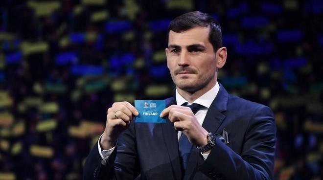 Casillas, en un sorteo de la FIFA.