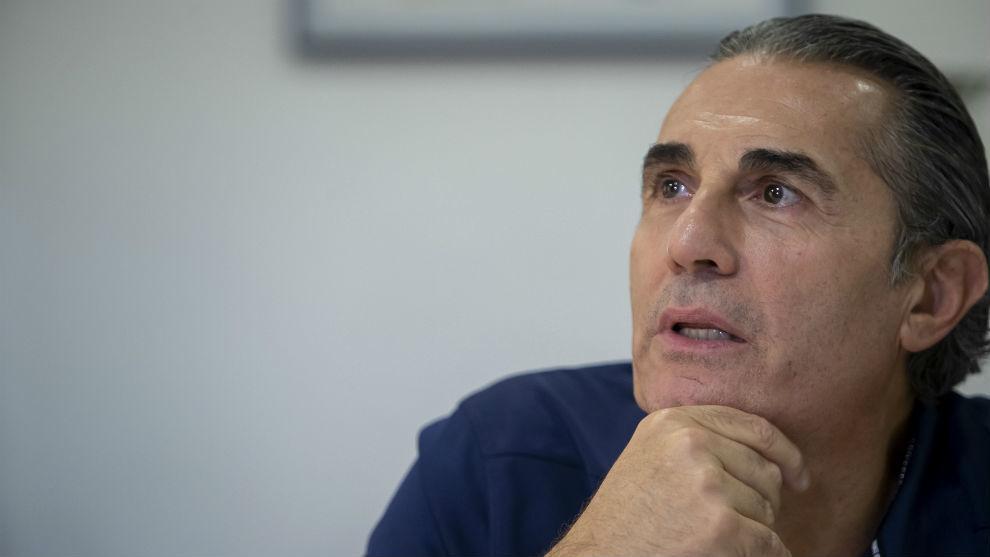 Sergo Scariolo, entrenador ayudante de los Raptors, en una entrevista.