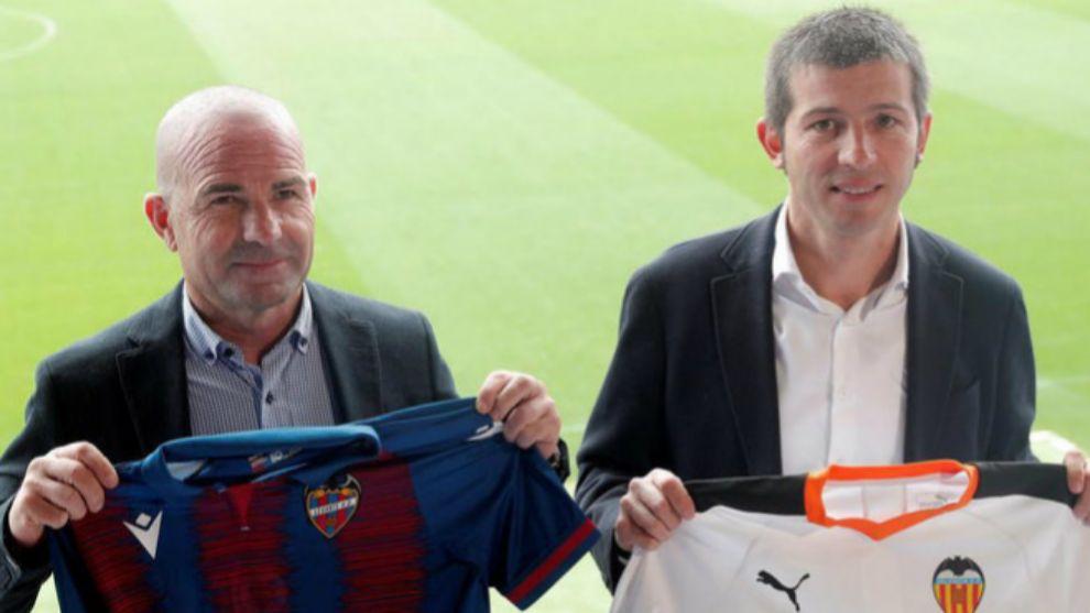 Paco López y Celades posan en el Ciutat de Valencia en la primera...