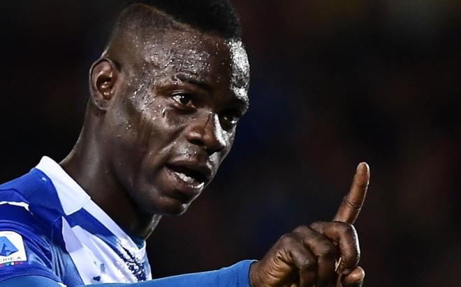 Balotelli exige que el Brescia le pague el sueldo de marzo