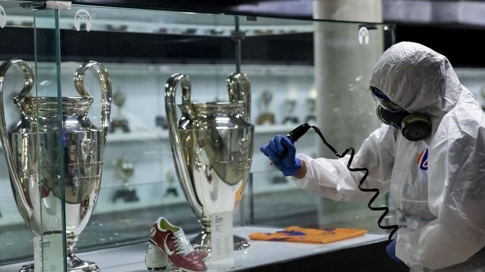 Barcelona reopen their facilities