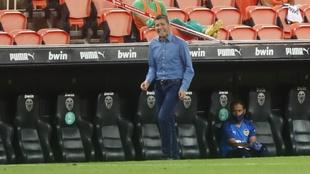 Celades durante el partido contra el Levante.