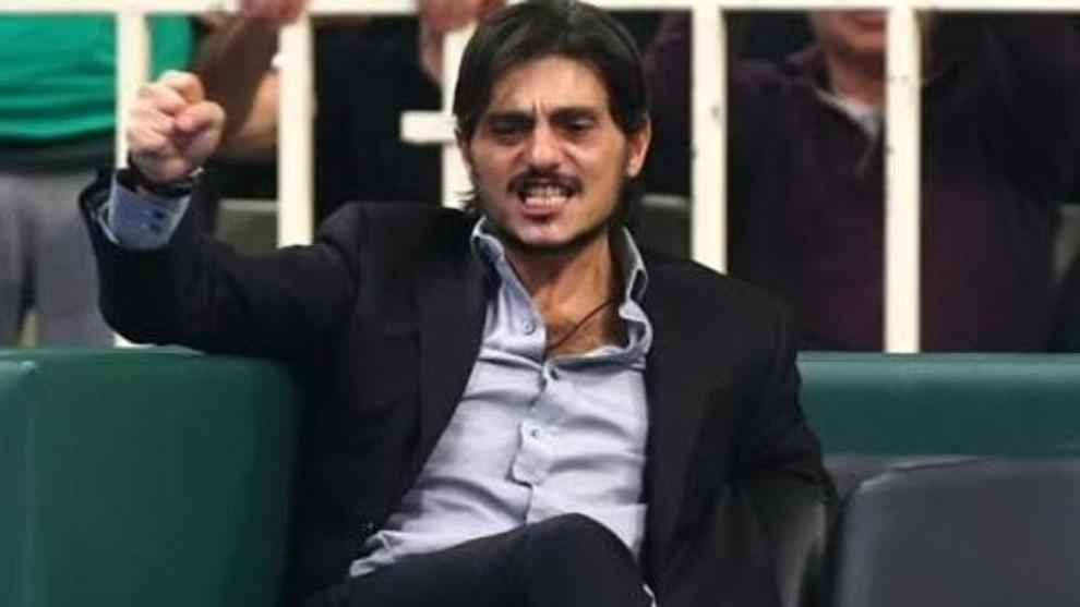 Dimitris Giannakopoulos, presidente y dueño del Panathinaikos, en un...
