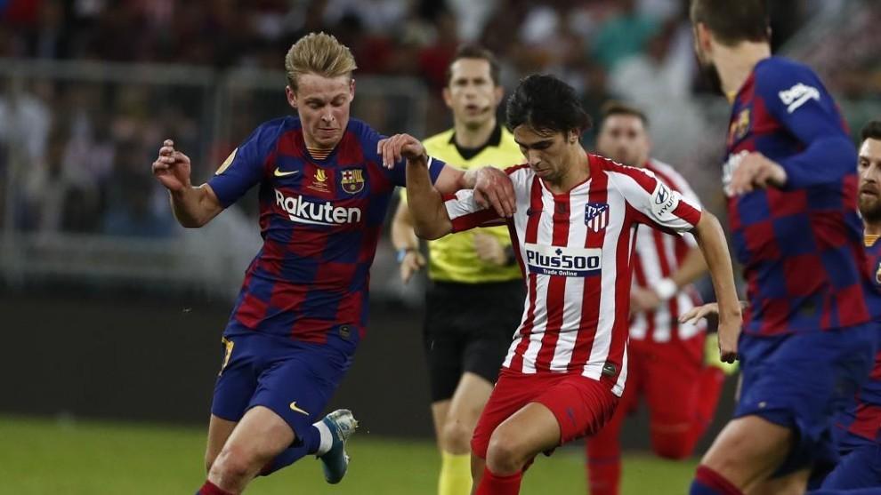 De Jong persigue a Joao Félix en la semifinal de la Supercopa de...