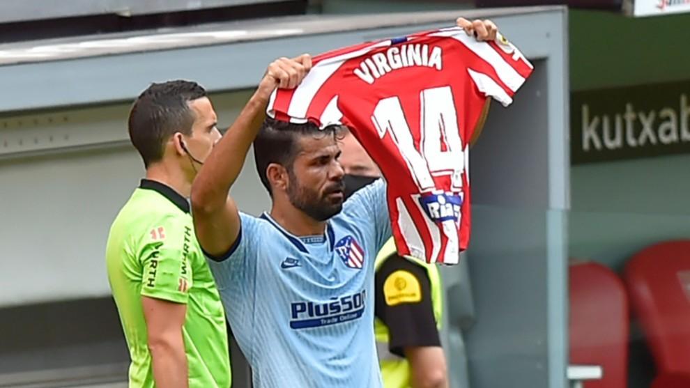 Diego Costa dedicates goal to Virginia Torrecilla.