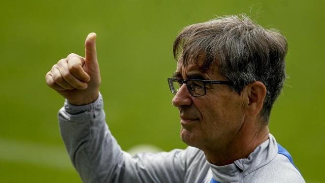 Fernando Vázquez, durante un partido del Deportivo.