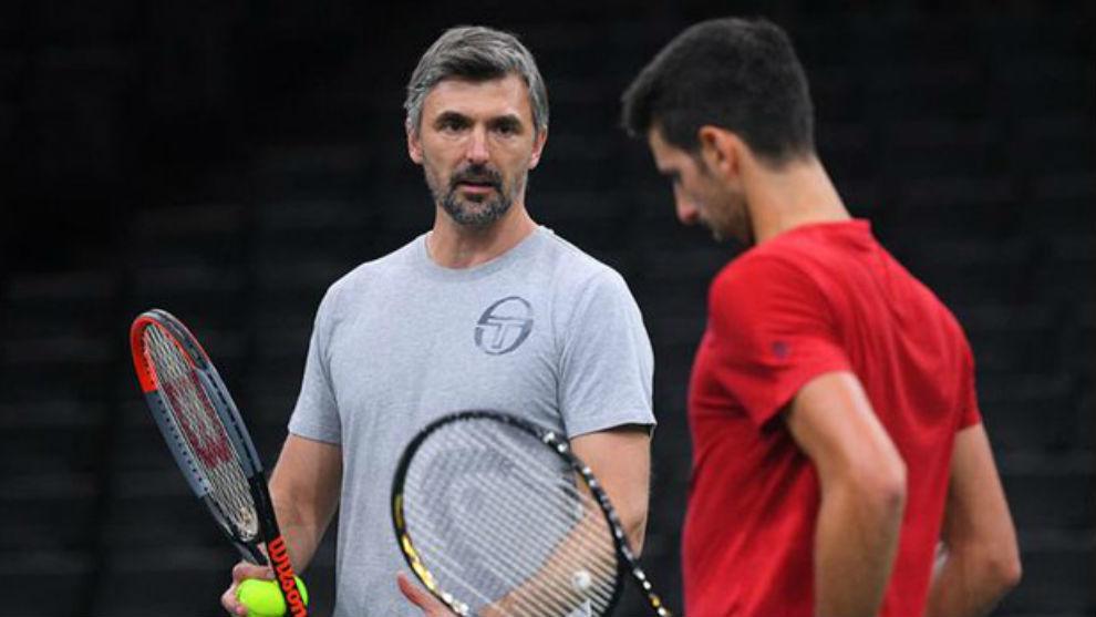 Ivanisevic y Djokovic hablando