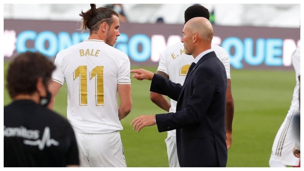 Zidane y Bale, durante el partido ante el Eibar.