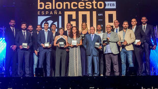 La foto de familia con todos los premiados de la primera edición