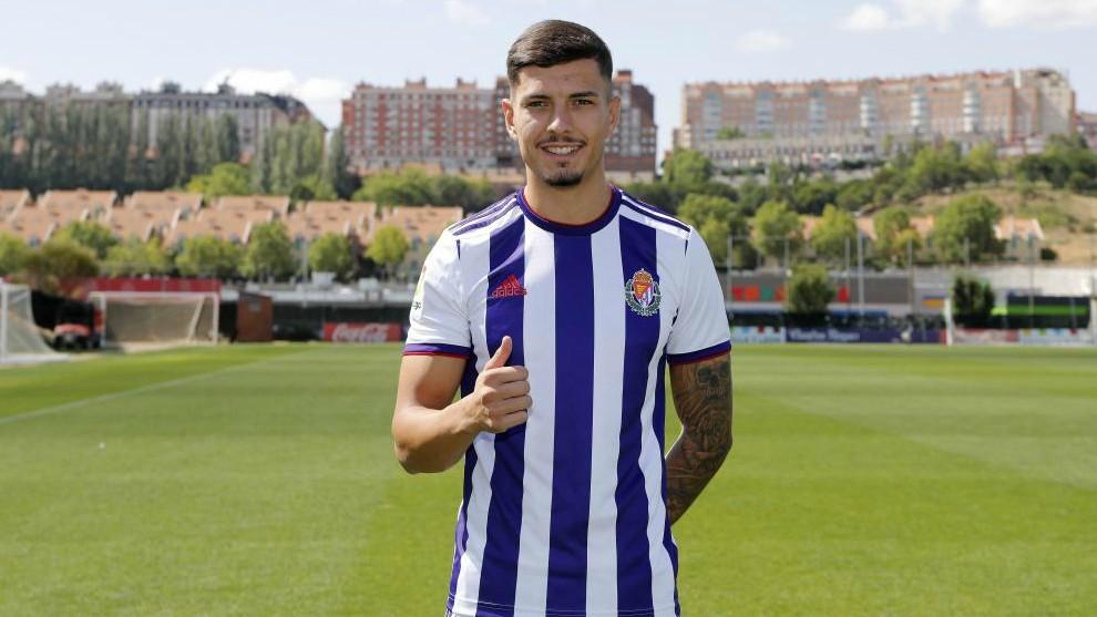 Javi Sánchez, en su presentación como jugador del Valladolid el...