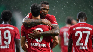 Lewandowski sirve otra Bundesliga