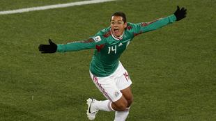 Chicharito marcó el segundo tanto