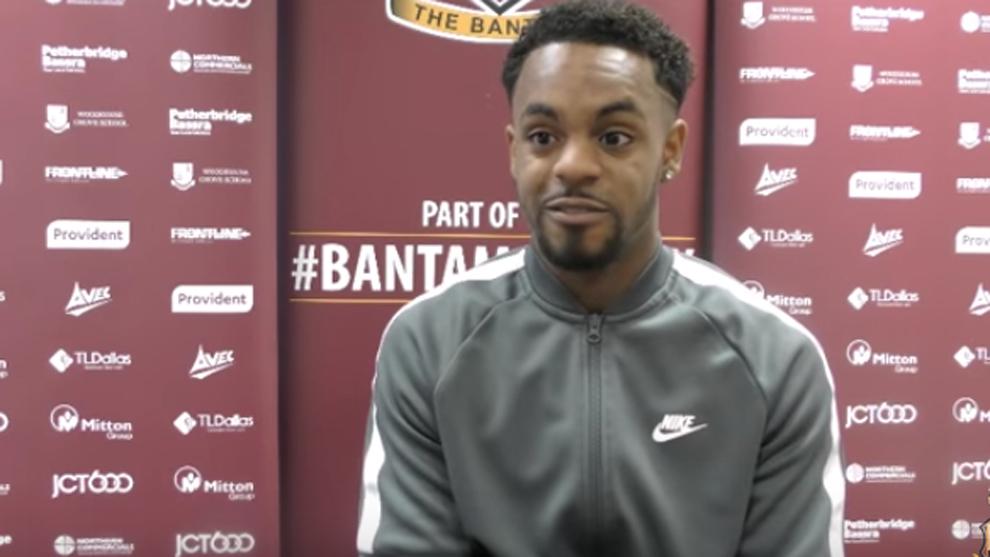 Tyrell Robinson durante una entrevista con el Bradford City