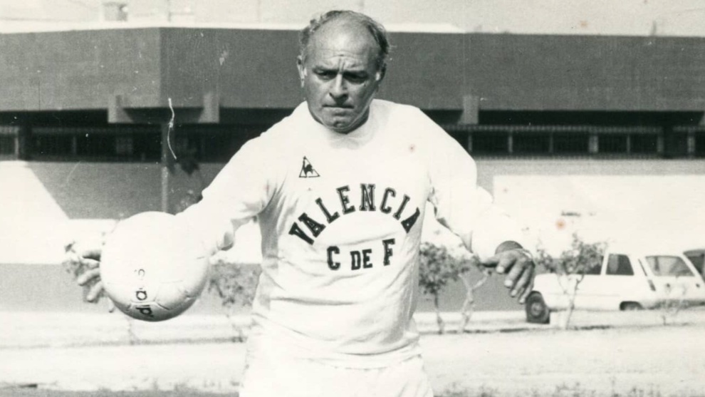 Real Madrid and Valencia united by Di Stefano bond