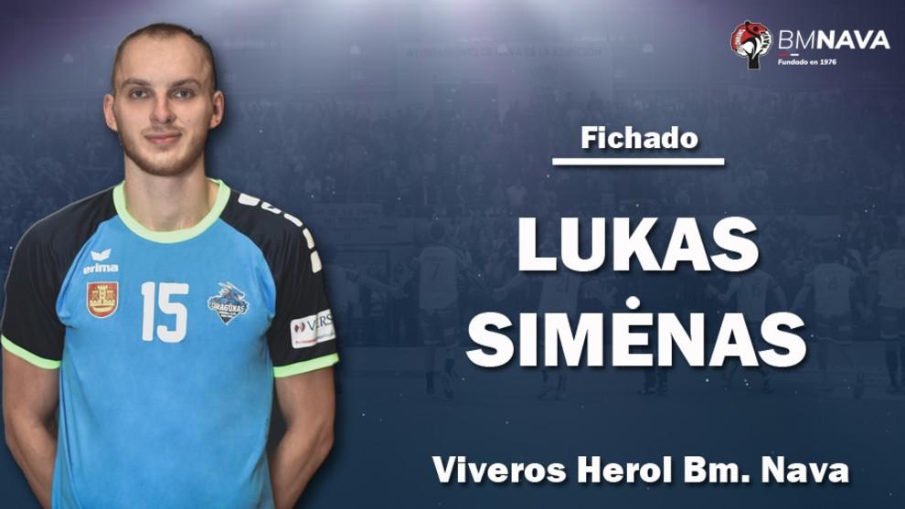 El lateral izquierdo lituano Lukas Simenas /