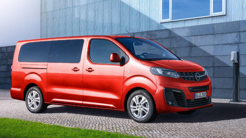 Está disponible con dos rangos de autonomía: 230 o 330 km.
