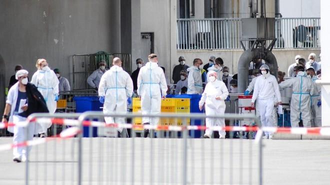 Brote de contagios de coronavirus en un matadero de Alemania