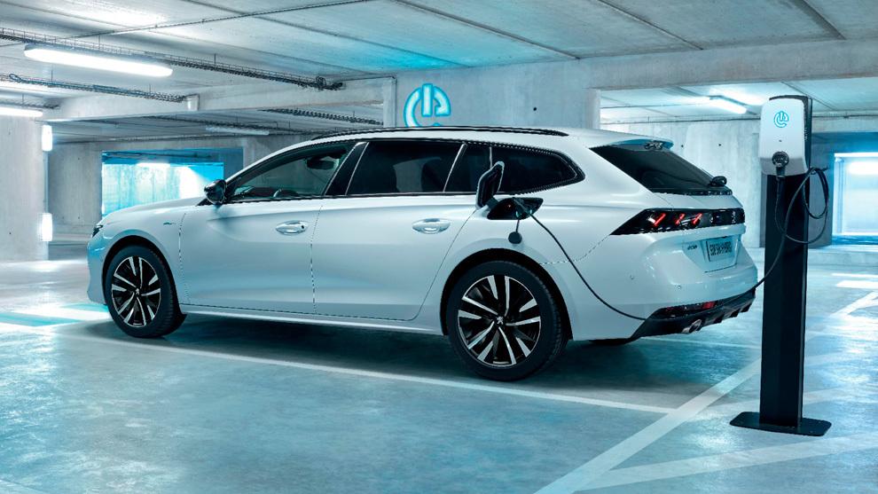 Plan Renove 2020 o Moves II: ¿cuál interesa más si queremos un coche eléctrico?