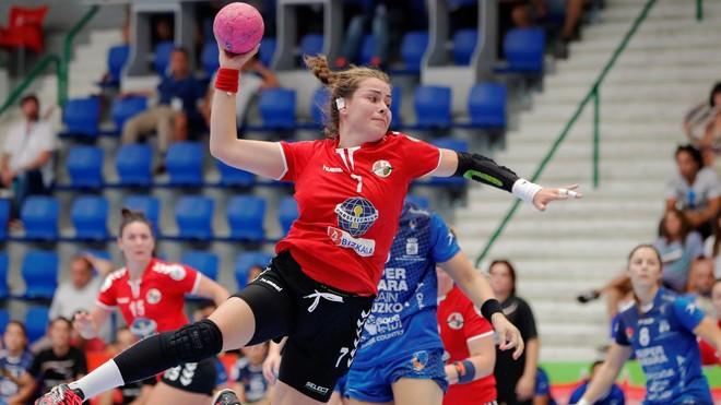 Ainhoa Hernáedz, en un partido con el Zuazo /