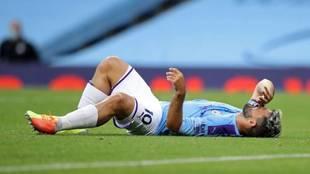 El Kun Agüero se lesionó en el partido contra el Burnley