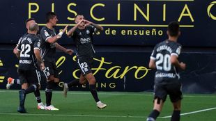 Stoichkov celebra el último gol que ha marcado al Cádiz.
